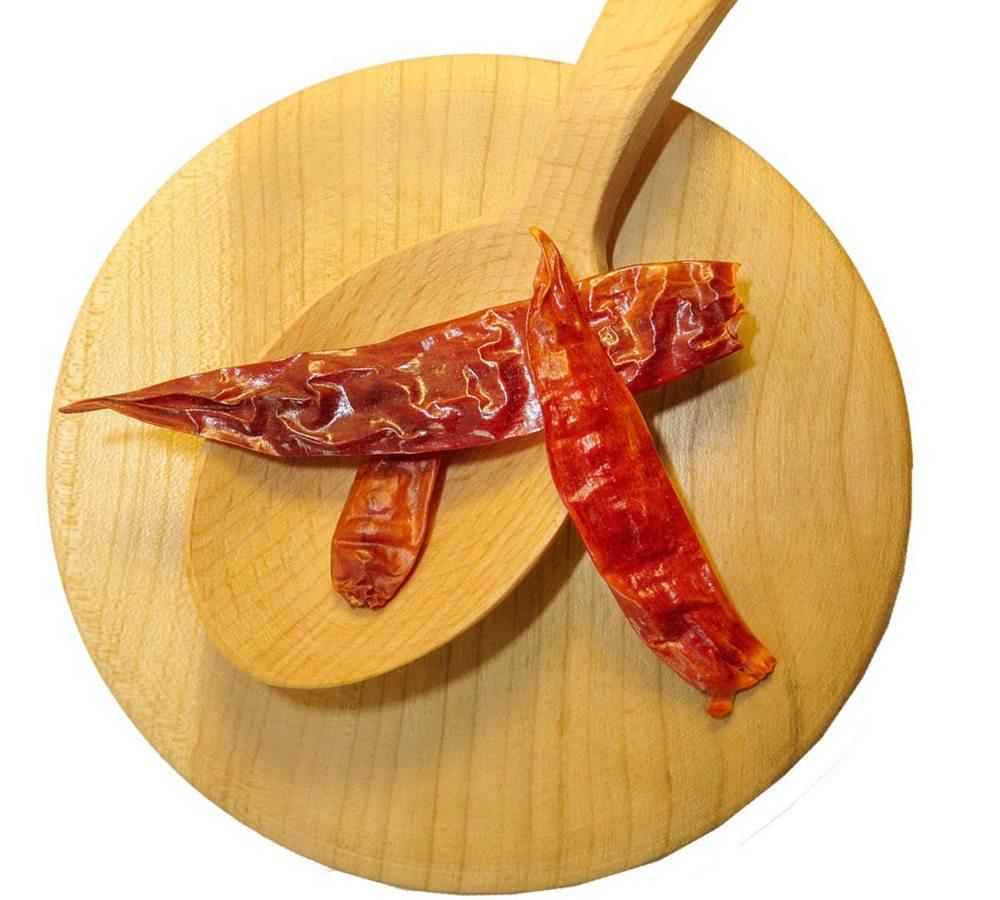 Заказать перец Чили стручковый красный по выгодной цене