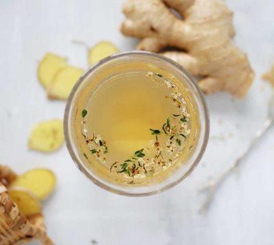 Травяной чай с медом и имбирем